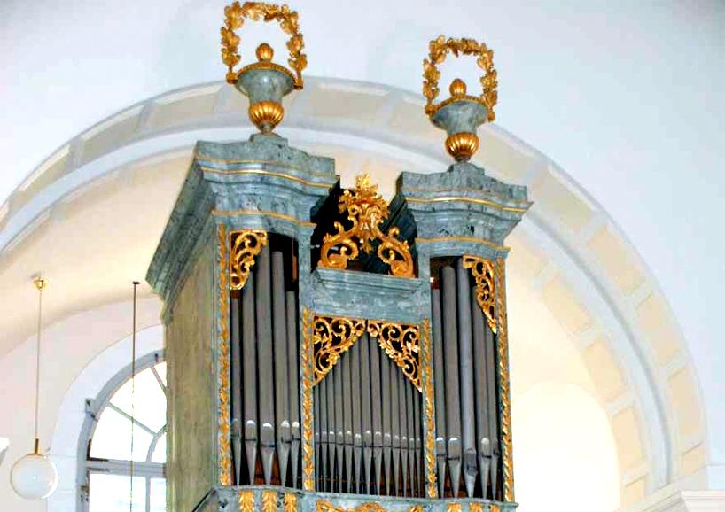 Gehäuse Biedermeier-Orgel, Ägydiuskirche in Pötzleinsdorf
