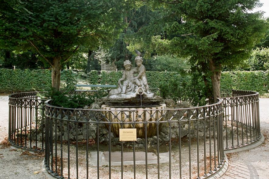 Engelsbrunnen Schloss Schönbrunn